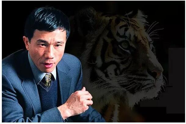 一个高考落榜者,21岁上战场,27岁创业,现贵为新疆首富!