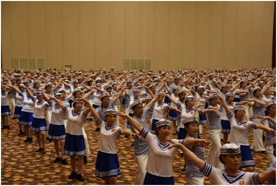 DEMO SPACE在孵项目舞林大汇千人水兵舞助力老博会