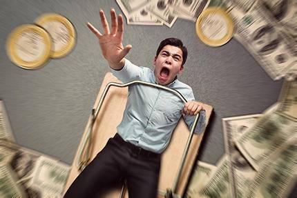 一文看透现代版高利贷:借款一万,输进去一套房